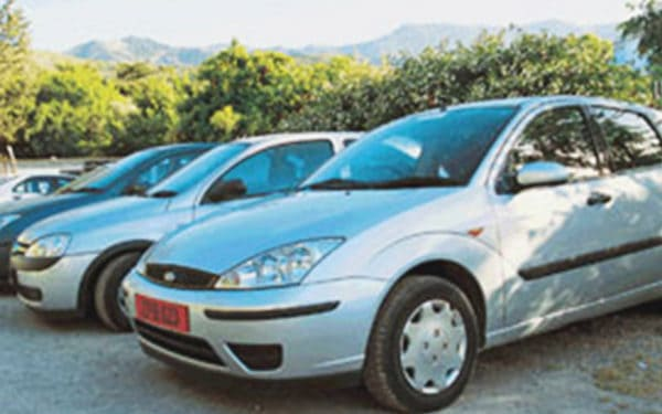 Rental service Barcelona: Rhino Car Hire