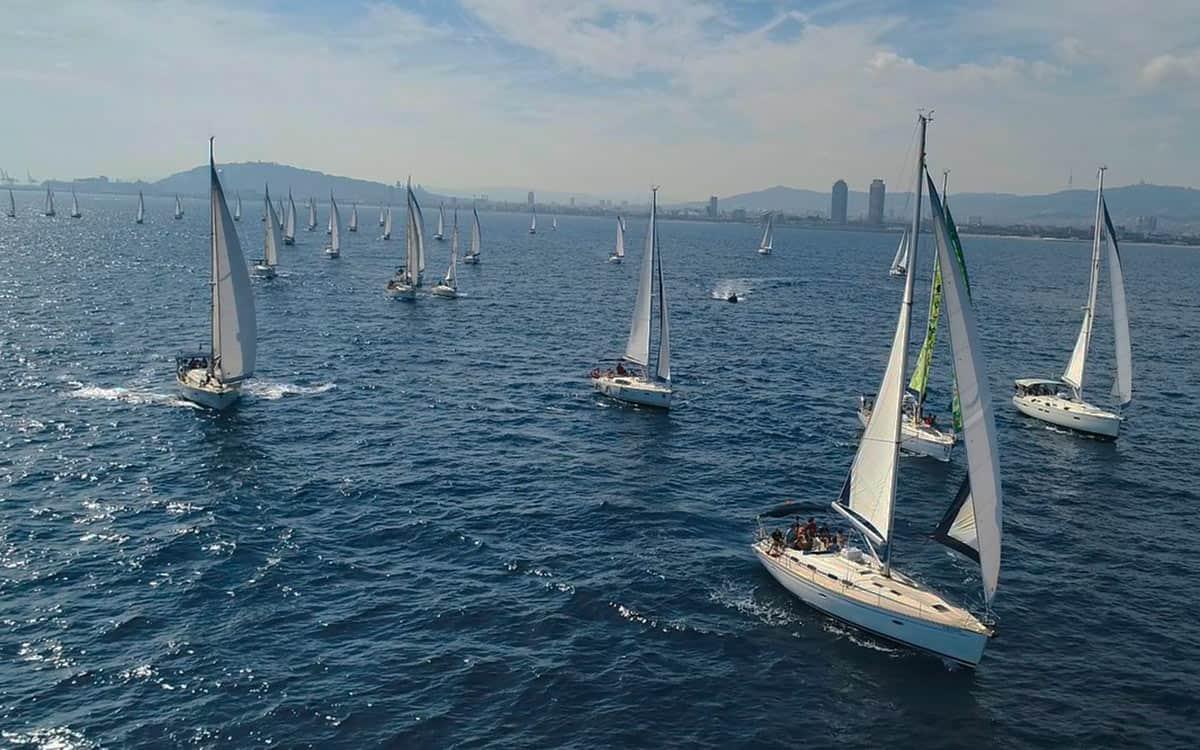 barcelona sailing regatta team building