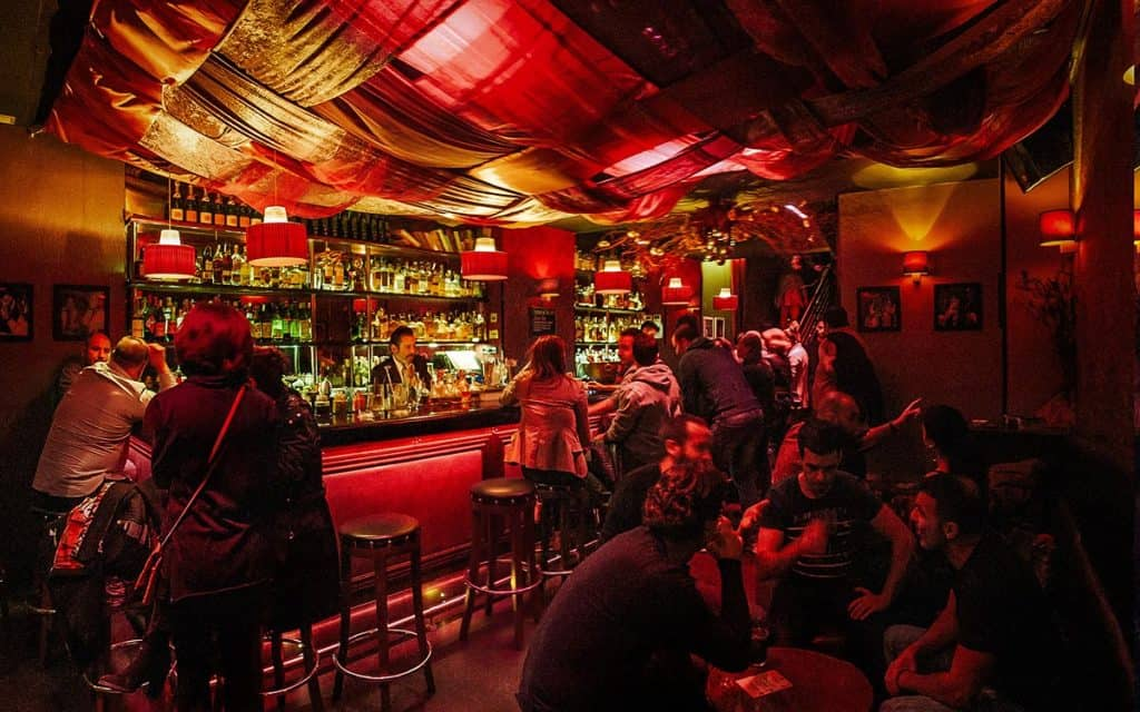 Barcelona Nightlife • The best places to party in 2020