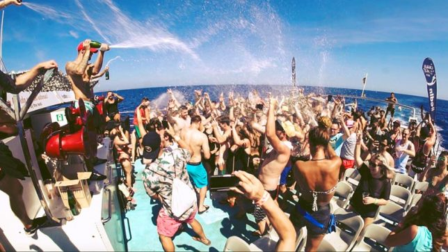 Barcelona Boat Party ~ The 4 Best Party Cruises for 2019